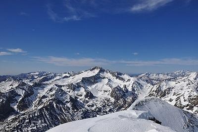 Pic des Posets à ski